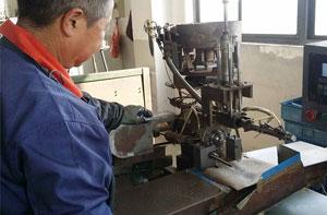 焊接中的局部变形的原因及预防措施
